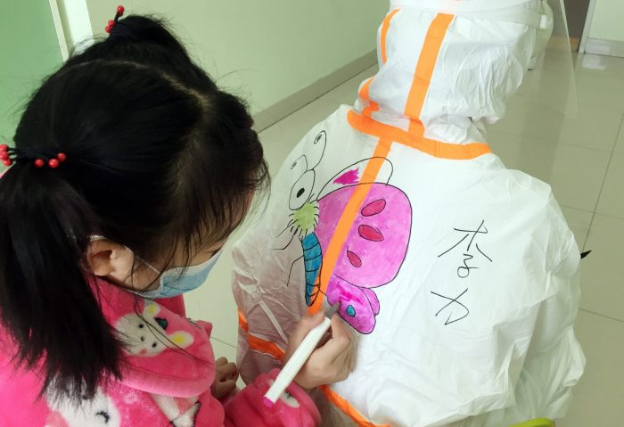 CHINA-WUHAN-NCP-CHILDREN'S HOSPITAL-PAINTINGS (CN)