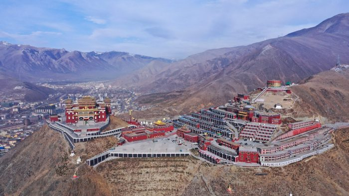 Xinhua Headlines: Ten years after quake, China's highland town rises from ashes
