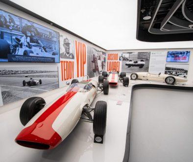 Teddy Yip's Theodore Racing Formula 1 race car alongside Arsenio Laurel