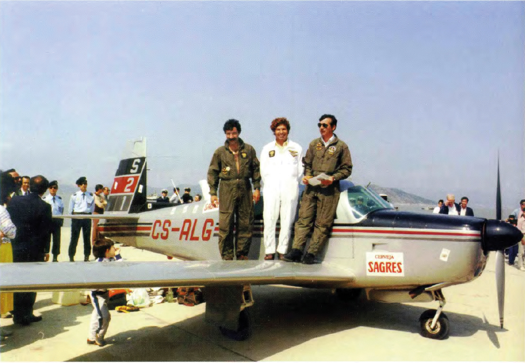 Cruz Galego, Prata Mendes and Alves Leal successfully landed Sagres in Coloane on 6 February 1987